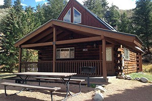 Three Rivers Resort & Outfitting :: The very best of Colorado! Cabins on the Taylor River, 52 Cabins from rustic to upscale, 7 Lodge rooms, 2 Vacation Homes, Open all year, Guests have private fishing access.