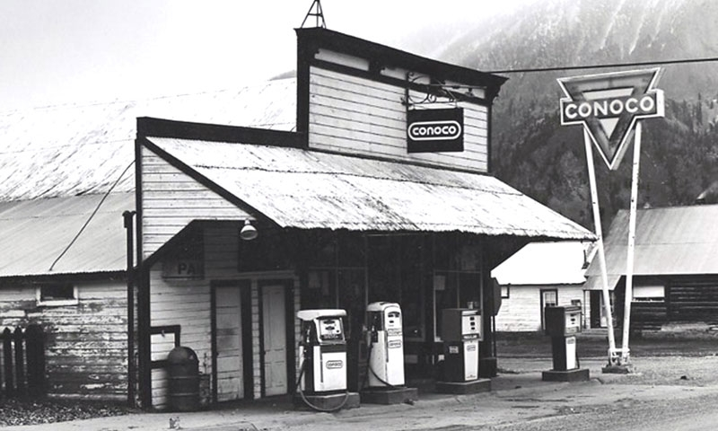 Historic Photo of Conoco Station in Crested Butte